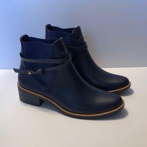 Bernardo Peony Navy Blue Rain Boots 10 M